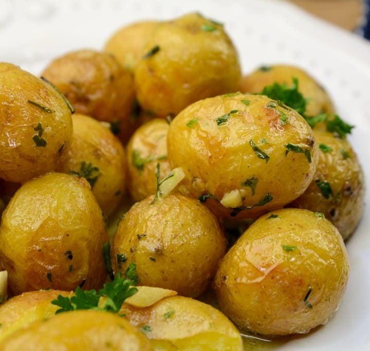Instant Pot Duo Roasted Garlic Potatoes