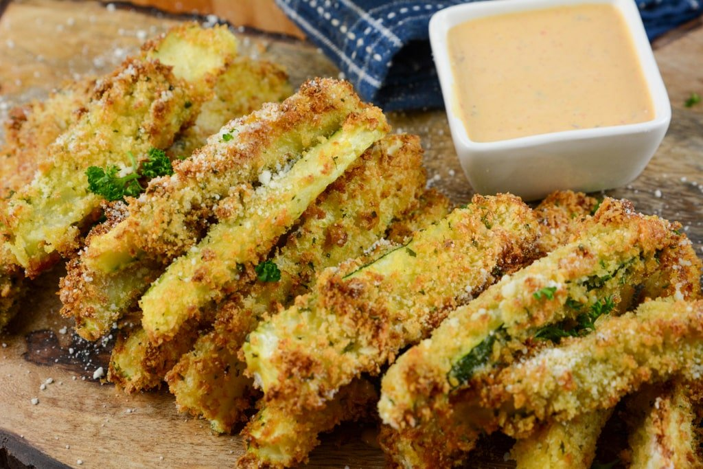 Air Fryer garlic Zucchini Fries