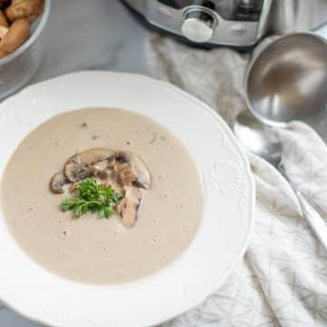 Instant Pot Cream of Mushroom Soup