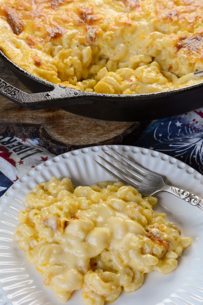 The Best Cast Iron Macaroni and Cheese
