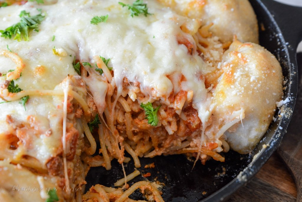 Baked Spaghetti in cast iron pan
