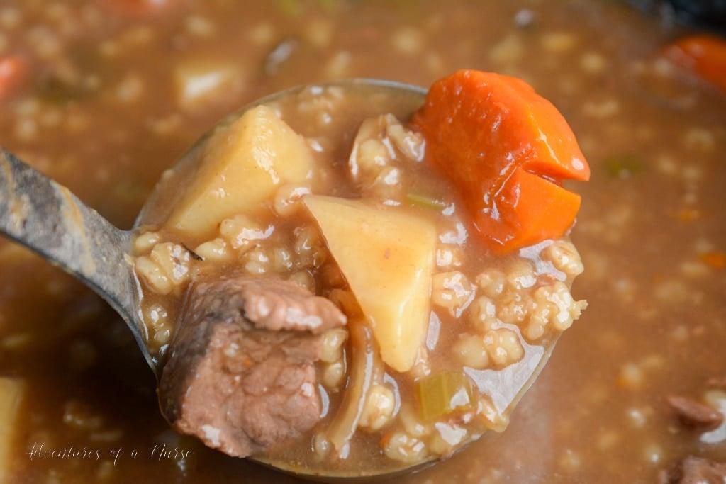 Crockpot Beef and Barley Soup